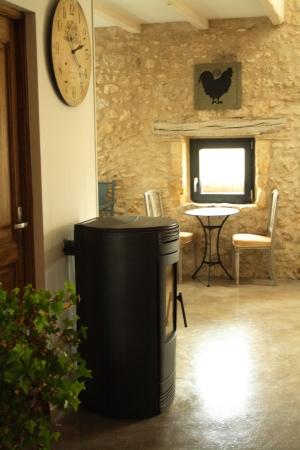 Poêle - La Grange des Anges - Gite Beaumont du Perigord